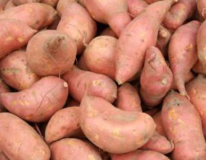 hyaluronic-acid-foods-sweet-potato